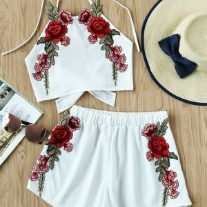 Dresses & Skirts - 🆕HOST PICK!! White two piece red floral appliqué
